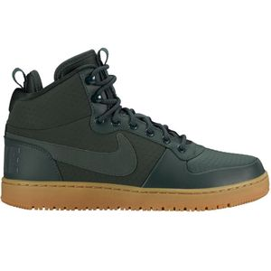 Nike Court Borough Mid Winter High-Top Sneaker outdoor green